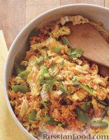 Рис с яйцами и овощами