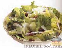 Салат с беконом, редисом и сыром