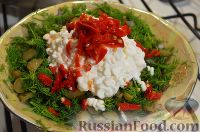 Острый салат с зеленью и медом