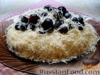 """Салат """"Первый снег"""", с курицей, сыром и виноградом"""