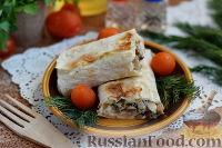 Рулет из лаваша с курицей, грибами и сыром