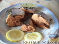 Скумбрия в луковой шелухе (за 3 минуты)