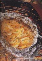 Картофель, запеченный в фольге с луком