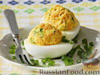 Яйца, фаршированные копченой рыбой