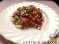 Салат с морковью, перцем и помидором