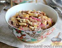 Салат с печенью, яичными блинами и луком