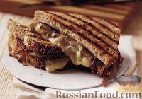 Горячие бутерброды с сыром и сладким луком
