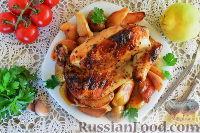 Курица, запеченная в рукаве, с айвой и картофелем