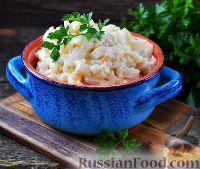 Салат с кальмарами и яйцами