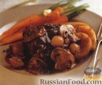 Рагу из картофеля, мяса, лука и грибов