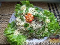 Салат из мяса копченой курицы и зеленого горошка