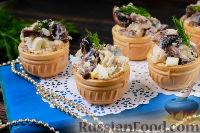 Салат с курицей и грибами (в тарталетках)