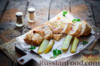 Куриный рулет с ветчиной, ананасами и сыром