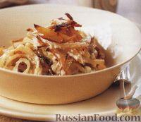 Картофель в горшочке с луком и анчоусами