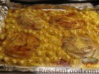 Рыба в духовке с ананасами