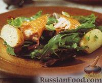 Картофель с копченым лососем и салатными листьями