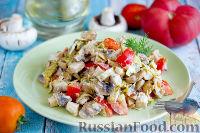 Салат с запеченным куриным филе и яичными блинчиками