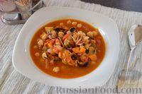 Томатный суп с нутом и морепродуктами