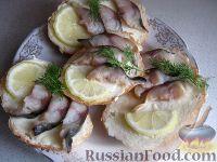 Бутерброды со скумбрией и лимоном