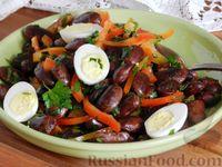 Салат из фасоли с болгарским перцем и яйцами