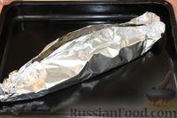 Запекать судака в духовке, разогретой до 180 градусов, в течение 40-45 минут, до готовности рыбы.