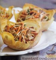 Азиатский салат со свининой