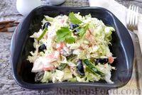 Салат с крабовым мясом, пекинской капустой и сыром