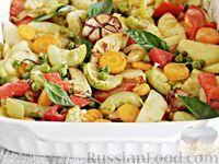 Молодой картофель, запеченный с овощами