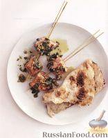 Шашлыки из лосося с арахисовым соусом