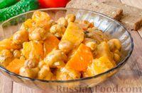 Тушеная картошка с грибами в томатно-сметанном соусе