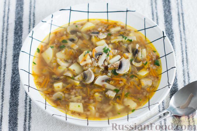 Гречневый суп с картофелем и шампиньонами