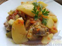 Тушёные свиные рёбрышки с картошкой, кабачками и куркумой