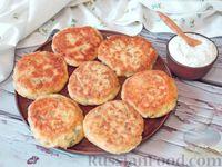 Котлеты из кабачков с соусом дзадзики