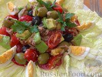 Салат с оливками и маслинами