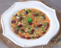 Фасолевый суп с кабачком и копченой грудинкой