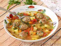 Суп с фрикадельками, картофелем и помидорами
