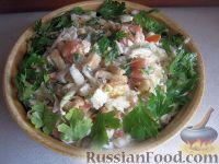 """Салат с сухариками и капустой """"Вкусняшка"""""""