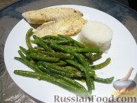 Тилапия с зеленой фасолью и рисом