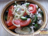 Постный греческий салат с сыром тофу