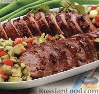 Свиное филе на гриле с салатом из авокадо