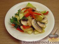 Маринованный салат из овощей и шампиньонов