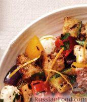 Салат из жареных на гриле овощей и хлеба