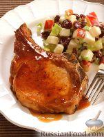 Свинина на ребрышке (челагач) с яблочным салатом