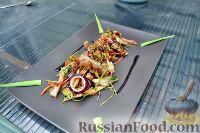 Азиатский салат со свиными ушками