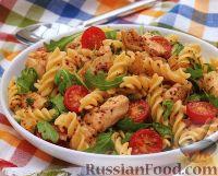 Салат из пасты и куриного филе