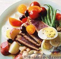 Жареный тунец с картофелем и стручковой фасолью