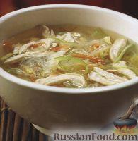 Овощной суп с рисовой лапшой и куриным филе
