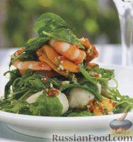 Салат из морепродуктов и шпината