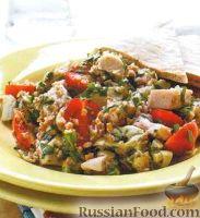 Салат с куриным филе, булгуром, артишоками и помидорами