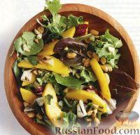 Салат из манго и жареного зеленого лука